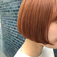 ブリーチ オレンジ オレンジカラー ボブ ヘアスタイルや髪型の写真・画像