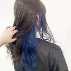 セミロング 艶髪 インナーカラー 透け感アッシュ ヘアスタイルや髪型の写真・画像