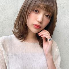 小顔ヘア 鎖骨ミディアム ナチュラル 透明感カラー ヘアスタイルや髪型の写真・画像
