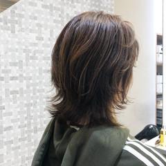 ウルフ女子 ウルフカット ナチュラル ミディアムレイヤー ヘアスタイルや髪型の写真・画像