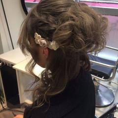 ハーフアップ 簡単ヘアアレンジ セミロング アッシュ ヘアスタイルや髪型の写真・画像
