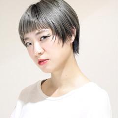 ブリーチ モード ショート 大人女子 ヘアスタイルや髪型の写真・画像