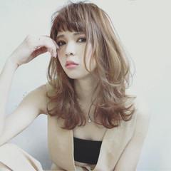ミディアム イルミナカラー 斜め前髪 夏 ヘアスタイルや髪型の写真・画像