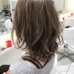 ミディアム アッシュ ナチュラル グラデーションカラー ヘアスタイルや髪型の写真・画像