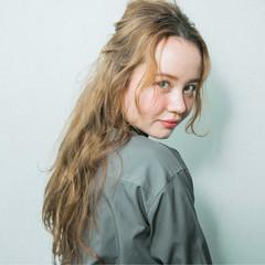 ナチュラル 簡単ヘアアレンジ ロングヘアスタイル ロングヘア ヘアスタイルや髪型の写真・画像