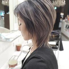 ナチュラル 大人ハイライト ショート 透明感カラー ヘアスタイルや髪型の写真・画像