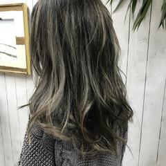 ハイライト ナチュラル グラデーションカラー ウェーブ ヘアスタイルや髪型の写真・画像