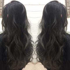 暗髪 外国人風 アッシュ ハイライト ヘアスタイルや髪型の写真・画像