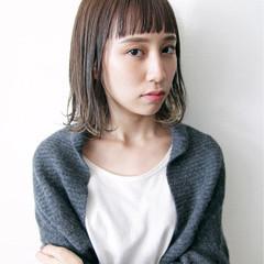 前髪あり イルミナカラー インナーカラー ショートバング ヘアスタイルや髪型の写真・画像