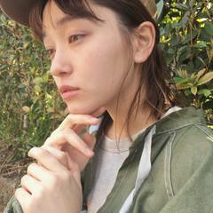 セミロング インナーカラー セルフアレンジ 外国人風 ヘアスタイルや髪型の写真・画像