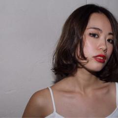 セクシー 暗髪 モード かっこいい ヘアスタイルや髪型の写真・画像