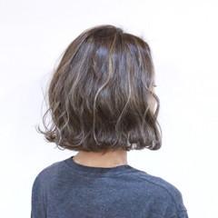 波ウェーブ ボブ ハイライト フェミニン ヘアスタイルや髪型の写真・画像