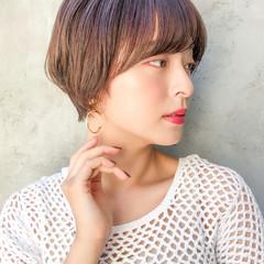 ベリーショート ショート デジタルパーマ ナチュラル ヘアスタイルや髪型の写真・画像