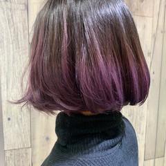 ピンクアッシュ ミニボブ ラベンダーピンク 切りっぱなしボブ ヘアスタイルや髪型の写真・画像