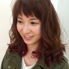 ナチュラル ピンク レッド 秋 ヘアスタイルや髪型の写真・画像