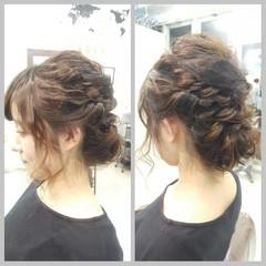 ゆるふわ 簡単ヘアアレンジ ミディアム アッシュ ヘアスタイルや髪型の写真・画像