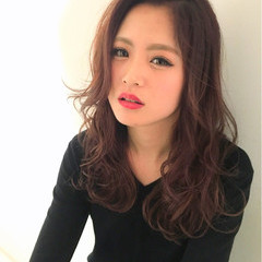 ベージュ ピンク 外国人風 レイヤーカット ヘアスタイルや髪型の写真・画像