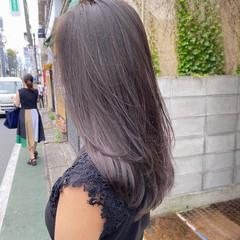 ブリーチカラー ナチュラル ミルクティーグレージュ インナーカラー ヘアスタイルや髪型の写真・画像