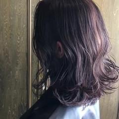 切りっぱなしボブ アッシュグレージュ 透け感 ナチュラル ヘアスタイルや髪型の写真・画像