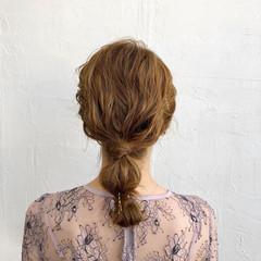 フェミニン アンニュイほつれヘア ヘアアレンジ ミディアム ヘアスタイルや髪型の写真・画像