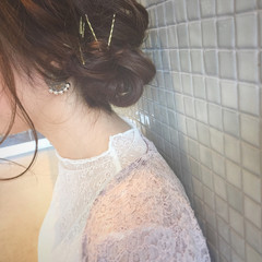 フェミニン ミディアム ヘアアレンジ 結婚式 ヘアスタイルや髪型の写真・画像