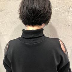 ショートヘア ニュアンスヘア モード ショートボブ ヘアスタイルや髪型の写真・画像