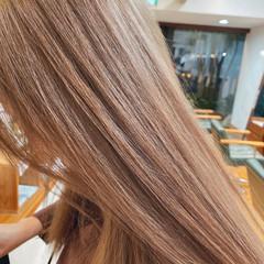 ミルクティーベージュ ベージュ ガーリー ブリーチ ヘアスタイルや髪型の写真・画像