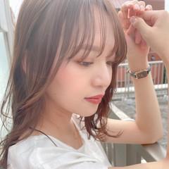 透明感 鎖骨ミディアム レイヤーカット シースルーバング ヘアスタイルや髪型の写真・画像