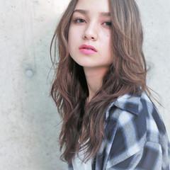 かわいい 透明感 色気 外国人風 ヘアスタイルや髪型の写真・画像