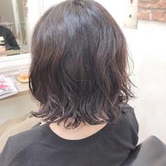 波ウェーブ フェミニン ゆるナチュラル パーマ ヘアスタイルや髪型の写真・画像