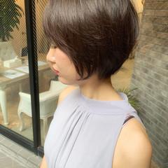 ストレート アンニュイほつれヘア デート ガーリー ヘアスタイルや髪型の写真・画像