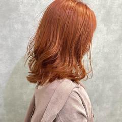 オレンジベージュ オレンジカラー ナチュラル ブリーチカラー ヘアスタイルや髪型の写真・画像