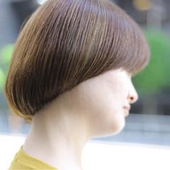 アウトドア モード デート オフィス ヘアスタイルや髪型の写真・画像