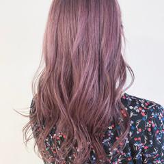 ロング ピンク ナチュラル ベリーピンク ヘアスタイルや髪型の写真・画像