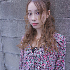 簡単ヘアアレンジ セミロング 大人女子 こなれ感 ヘアスタイルや髪型の写真・画像