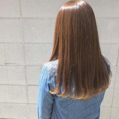 ストリート セミロング インナーカラー ベリーピンク ヘアスタイルや髪型の写真・画像