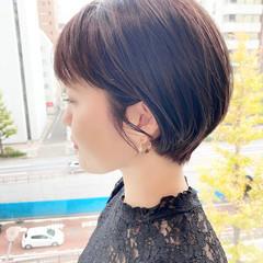 オフィス ショートヘア ショートボブ ナチュラル ヘアスタイルや髪型の写真・画像
