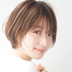 アンニュイほつれヘア ショート ナチュラル ショートボブ ヘアスタイルや髪型の写真・画像
