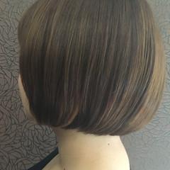 ストレート モード ショートボブ ボブ ヘアスタイルや髪型の写真・画像