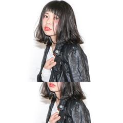 デート パーマ モード 前髪あり ヘアスタイルや髪型の写真・画像