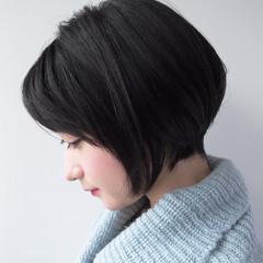ショートボブ 小顔 ショート ナチュラル ヘアスタイルや髪型の写真・画像