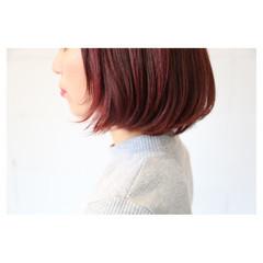 大人女子 ラベンダーピンク ピンク ボブ ヘアスタイルや髪型の写真・画像