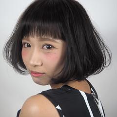 ショート ナチュラル 大人かわいい イルミナカラー ヘアスタイルや髪型の写真・画像