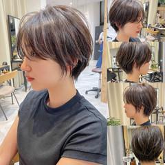 ショートヘア ショートボブ ハンサムショート 切りっぱなしボブ ヘアスタイルや髪型の写真・画像