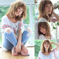 外国人風 ガーリー ミディアム イルミナカラー ヘアスタイルや髪型の写真・画像