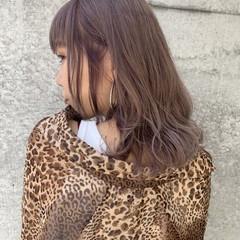 ピンクベージュ ナチュラル ヌーディベージュ ラベンダーピンク ヘアスタイルや髪型の写真・画像