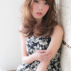 フェミニン ゆるふわ セミロング 夏 ヘアスタイルや髪型の写真・画像