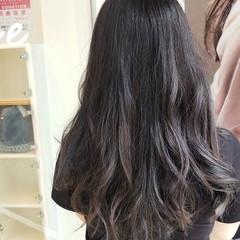 大人かわいい オリーブグレージュ フェミニン 透明感カラー ヘアスタイルや髪型の写真・画像