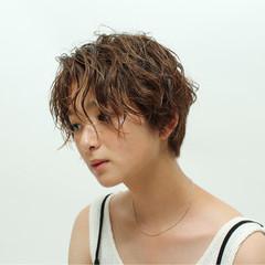 ナチュラル パーマ 簡単ヘアアレンジ 女子力 ヘアスタイルや髪型の写真・画像