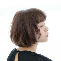 フェミニン 大人かわいい 前髪あり ナチュラル ヘアスタイルや髪型の写真・画像